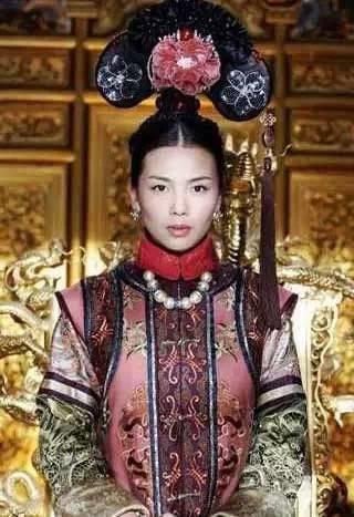 看完妃子的照片,才懂皇上原来也蛮辛苦的...