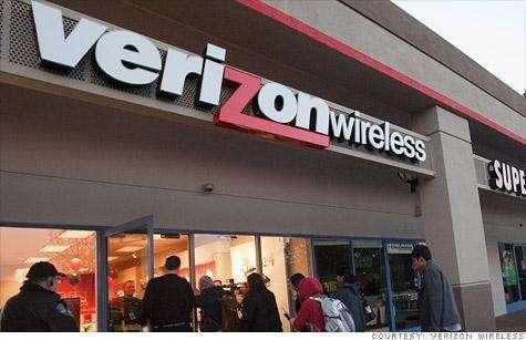 华为手机又遭美国封杀,最大运营商暂停销售,网友称是保卫苹果?